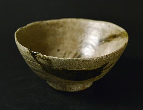 唐津皮鯨茶碗