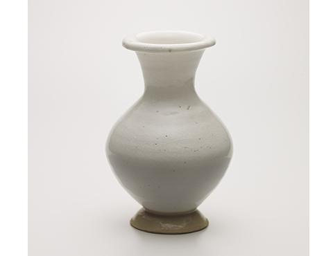 磁州窯風白花瓶