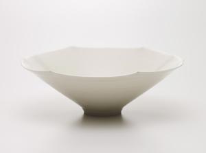 しろいやきもの Exhibition of White Pottery