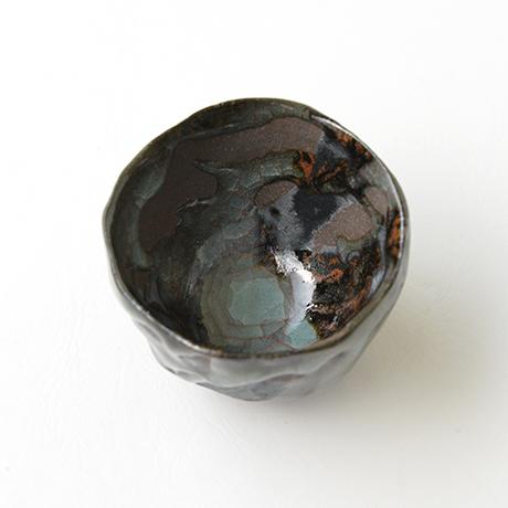 青瓷黒晶鉄流ぐい呑