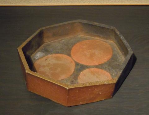 備前八角鉢