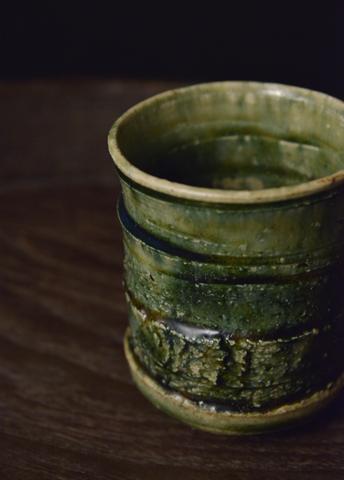 於里遍青釉湯碗