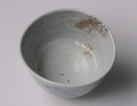 染付草花文茶碗