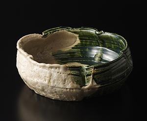 志野織部輪花鉢