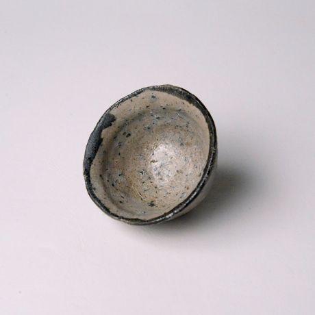 「No.150 唐津皮鯨ぐい呑  / Sake cup, Karatsu-kawakujira」の写真 その2