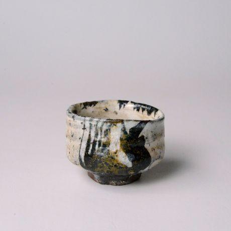 「No.69 唐津御所丸ぐい呑 / Sake cup, Karatsu-goshomaru」の写真 その1
