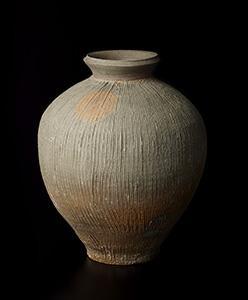備前土く志目花瓶