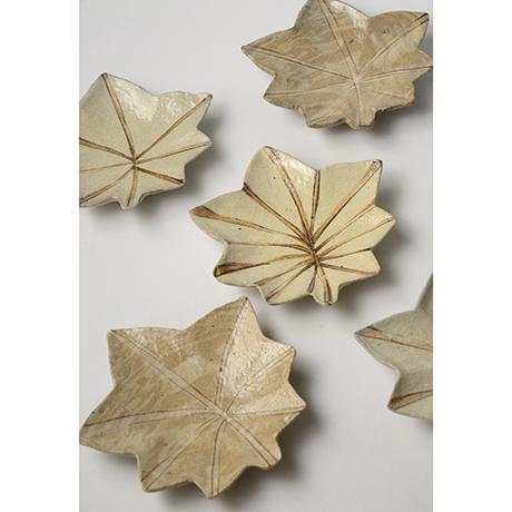 「No.11 絵織部紅葉向付揃 五 / A set of 5 dishes, E-oribe, Maple shaped」の写真 その1