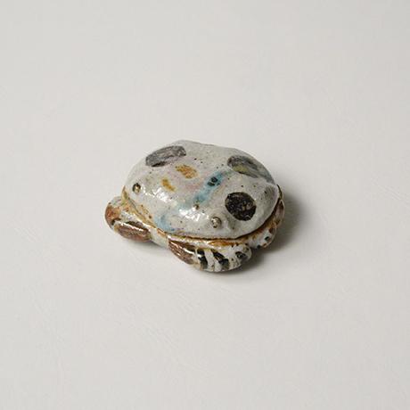 「No.37 弥七田織部蟹香合 / Incense container, Yashichida-oribe, Crab shaped」の写真 その1