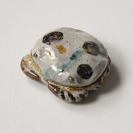 「No.37 弥七田織部蟹香合 / Incense container, Yashichida-oribe, Crab shaped」の写真 その3