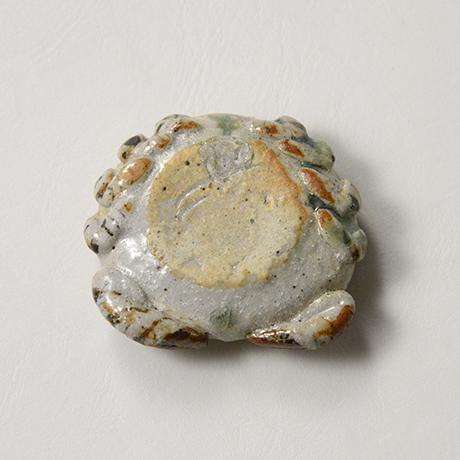 「No.37 弥七田織部蟹香合 / Incense container, Yashichida-oribe, Crab shaped」の写真 その6
