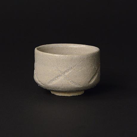「No.39 彫唐津ぐい呑 / Guinomi, Hori-karatsu」の写真 その2