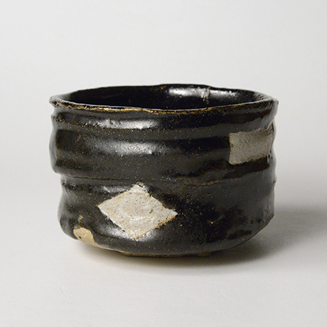 「No.52 黒織部筒茶碗 / Tea bowl, Kuro-oribe, Cylindrical」の写真 その3