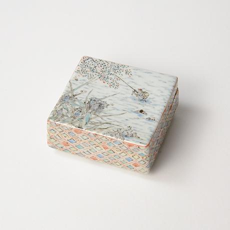 "「No.18 色絵飾箱 「つり人われの図」 Ornamental box, Iro-e, ""I, fishing""」の写真 その1"