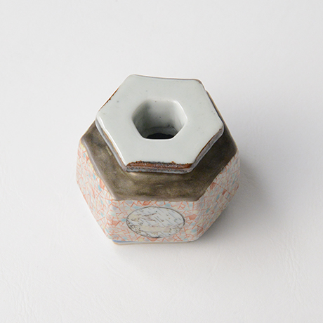 "「No.21 色絵銀彩小壷 「こ保理文」  Small Vessel, Iro-e with silver, ""Icecrack pattern""」の写真 その4"