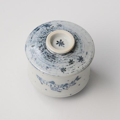 「No.40 染付魚文蓋物  Bowl with lid, Sometsuke」の写真 その3