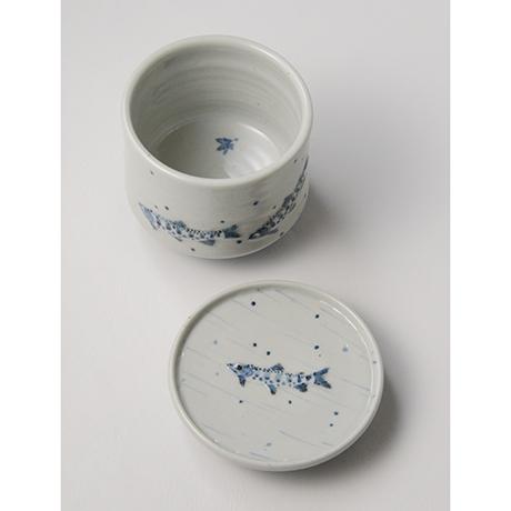 「No.41 染付魚文蓋物  Bowl with lid, Sometsuke」の写真 その6