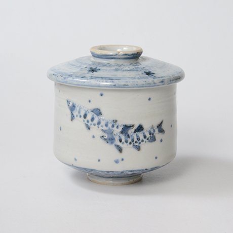 「No.42 染付魚文蓋物  Bowl with lid, Sometsuke」の写真 その1