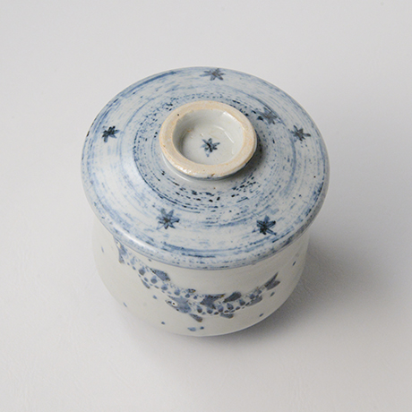 「No.42 染付魚文蓋物  Bowl with lid, Sometsuke」の写真 その3