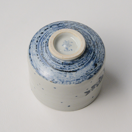 「No.42 染付魚文蓋物  Bowl with lid, Sometsuke」の写真 その5