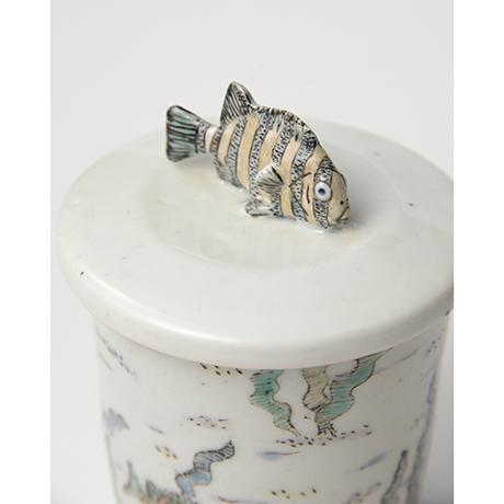 「No.25 色絵ふた付ひれ酒呑  Sake cup with lid, Iro-e」の写真 その5