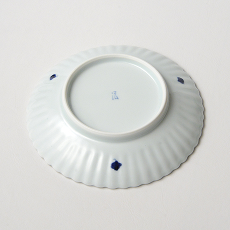 「No.27 菊花文菊割五.五寸皿 /   Dish with flower design, Sometsuke」の写真 その3