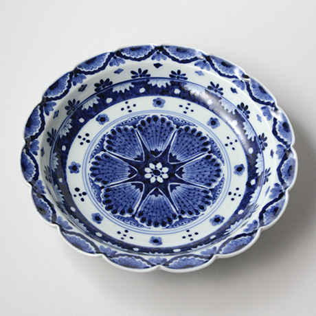 「No.29 瓔珞洋八花弁文輪花大鉢 /   Bowl with flower necklace design, Sometsuke」の写真 その1