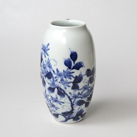 「No.36 蔓花文掛け花入  /   Hanging flower vase with vine and flower design, Sometsuke」の写真 その1