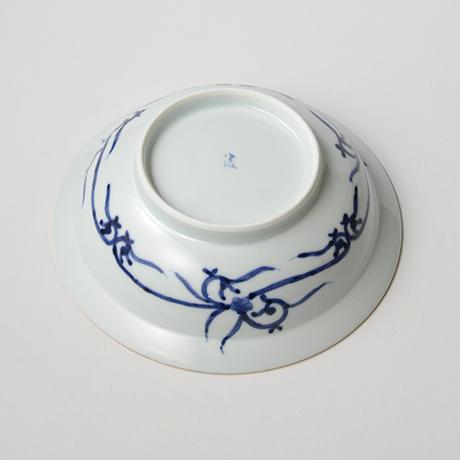 「No.38 雲龍丸文渕中鉢  /   Bowl with flying dragon, Sometsuke」の写真 その4
