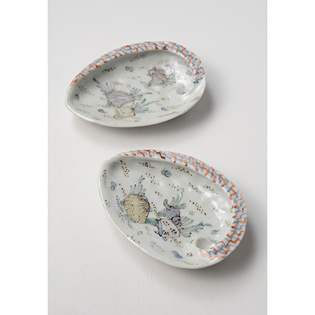 「No.5 色絵あわび小皿 五 A set of five ear shell shaped dishes, Iro-e」の写真 その5