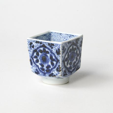 「No.59 草花唐草文四方角ぐい吞 /   Sake cup with floral arabesque design, sometsuke」の写真 その1