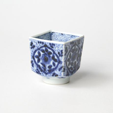 「No.59 草花唐草文四方角ぐい吞 /   Sake cup with floral arabesque design, sometsuke」の写真 その2
