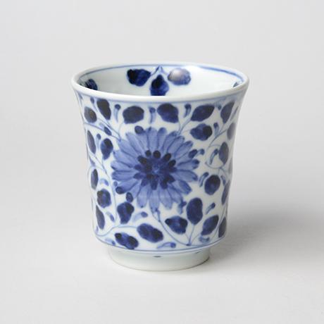 「No.67 菊唐草文湯呑 /   Tea cup with chrysanthemum arabesque design, sometsuke」の写真 その1