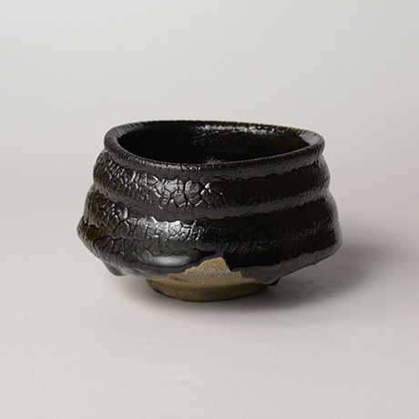 「No.11 織部黒茶盌 / Chawan, Oribe-kuro」の写真 その2