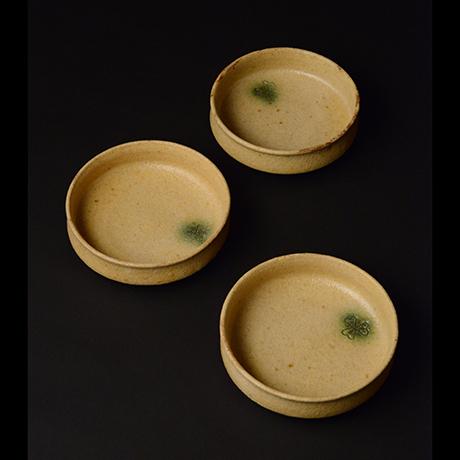 「No.49 黄瀬戸平向付 六客 / A set of 6 bowls, Kiseto」の写真 その1