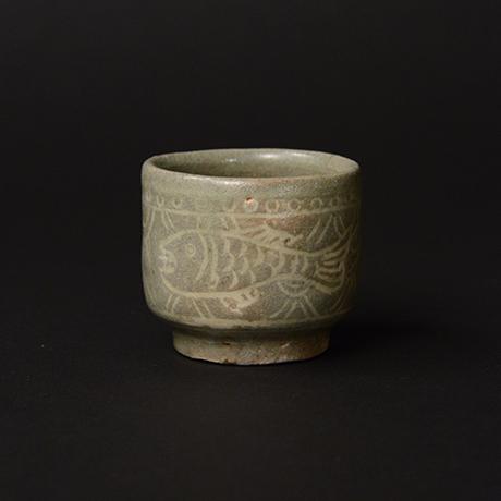 「No.163 魚文盃 Sake Cup, fish motif」の写真 その1