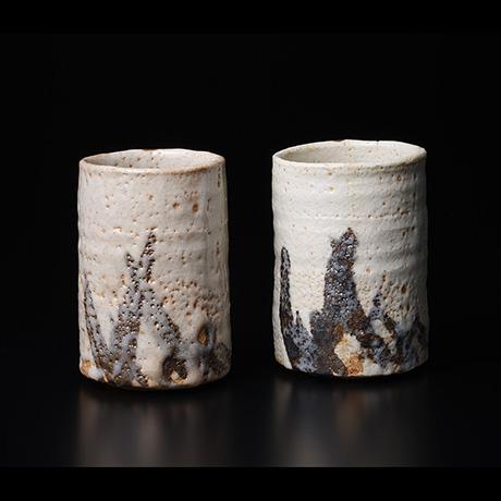 「No.13 岡部嶺男 絵志野湯呑 / OKABE Mineo A pair of Tea cups, E-shino」の写真 その1