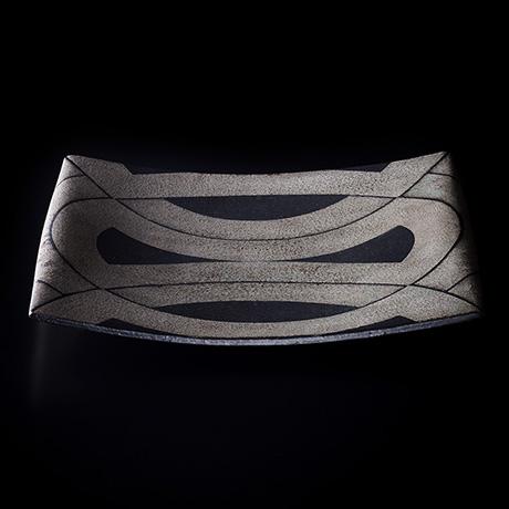 黒釉銀彩文皿