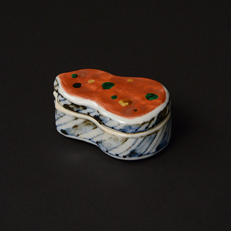 「No.69 赤絵香合 / Insence container, overglaze enamels」の写真 その1