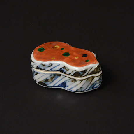 「No.69 赤絵香合 / Insence container, overglaze enamels」の写真 その2
