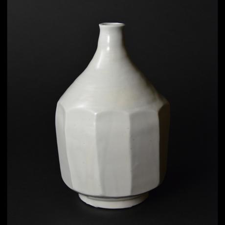 「No.24 白磁面取り壷 / Vase, White porcelain」の写真 その2