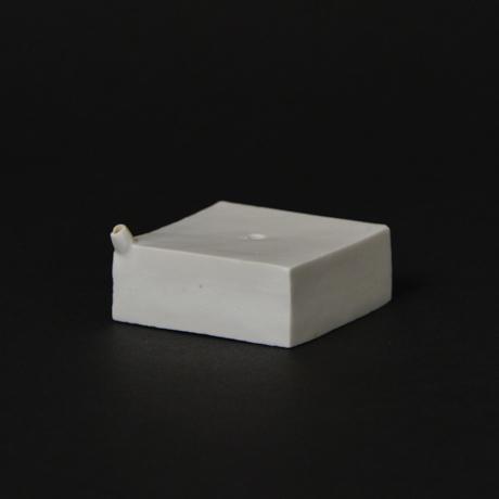 「No.56-1 トーフ型水滴 / Water droplet, White porcelain」の写真 その2