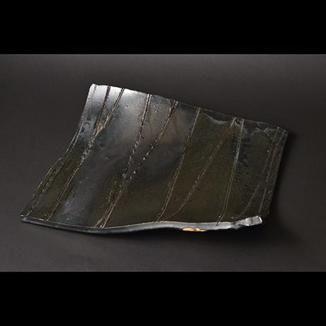 黒釉異形皿