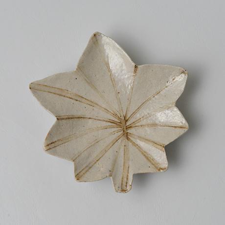 「No.80-2 絵織部紅葉皿 / Dish, E-oribe, Maple leaf motif」の写真 その1