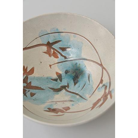 「No.11 石黒宗麿 緑彩草花文 / ISHIGURO Munemaro Tea bowl, Green glazed, Flower motif」の写真 その3
