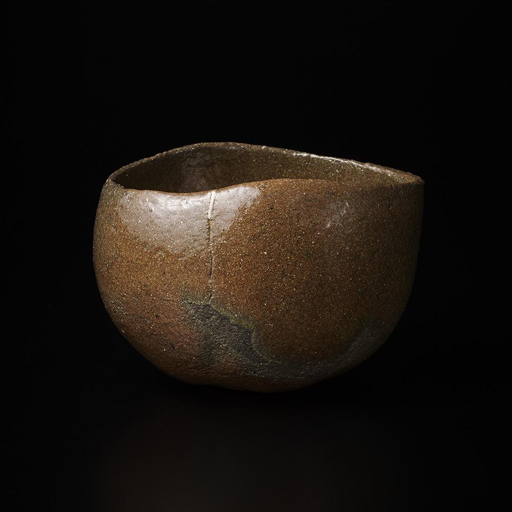 「No.16 山田山庵 赤 幡龍 / YAMADA Sanan Tea bowl, Red raku ware, 'Banryu (Lying dragon)'」の写真 その1
