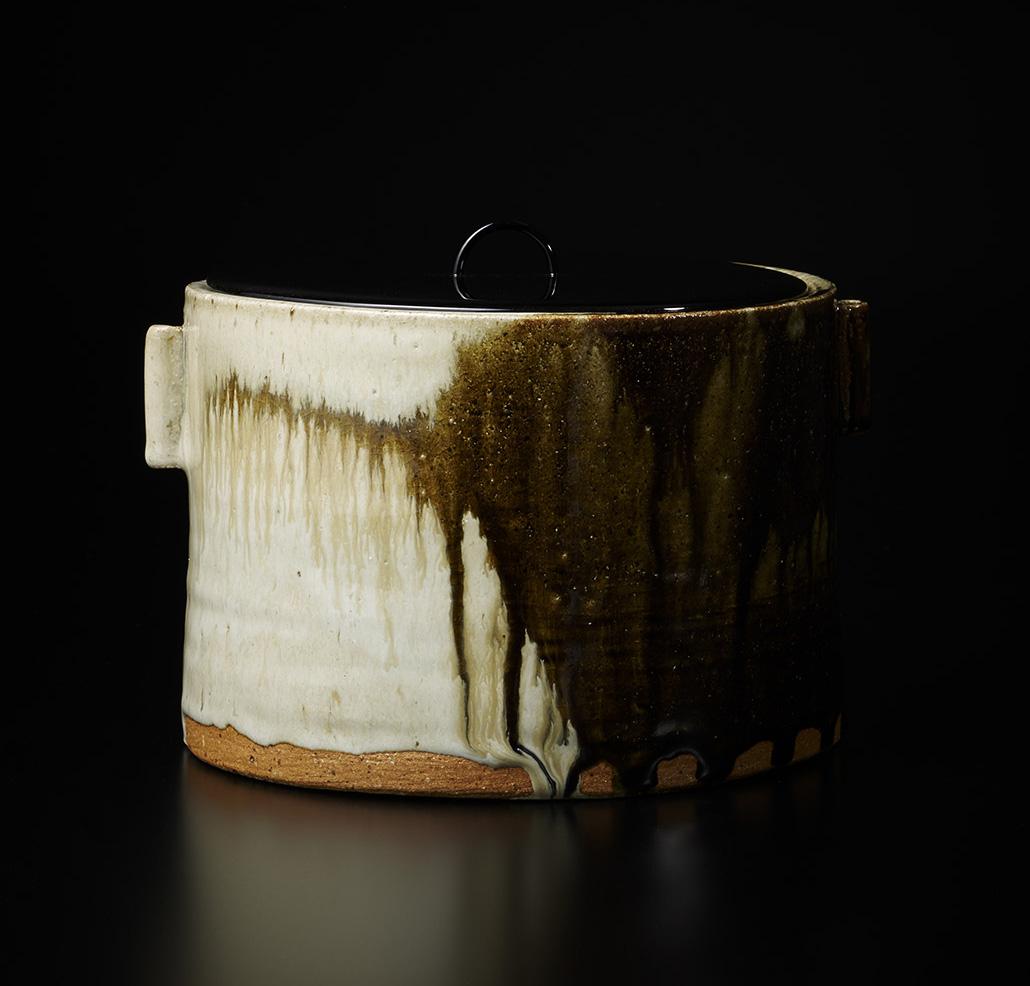 「No.17 中里無庵 朝鮮唐津一重口水指 / NAKAZATO Muan Water jar, Chosen-karatsu, Hitoeguchi shaped」の写真 その1