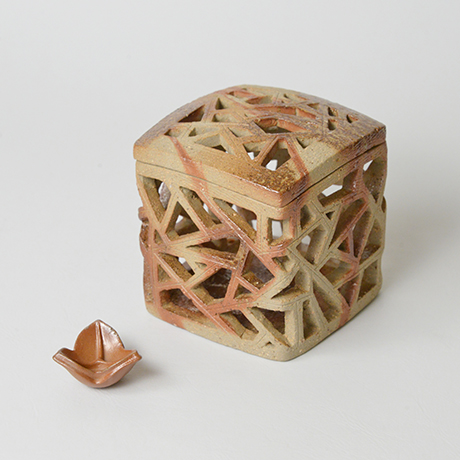 「No.19 島村光 備前氷裂文透陶筥 / SHIMAMURA Hikaru Box」の写真 その1