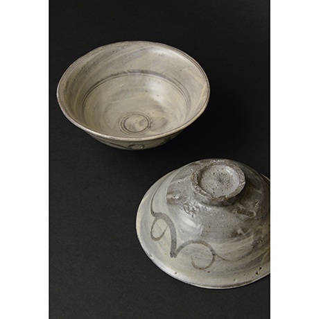 「No.96 絵刷毛目碗揃 五 / A set of 5 bowls, E-hakeme」の写真 その1