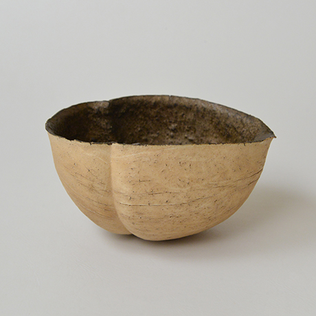 「No.48-1 三ツ足 / Lipped bowl, Tripod shaped」の写真 その2